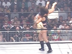 Molly Holly vs Ugly Brandi
