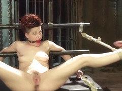 Fetish sex video featuring Lea Lexus and Ingrid Mouth