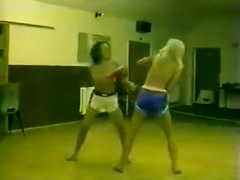 FV Tina vs Robin rematch topless boxing