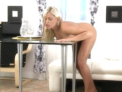 Dido Angel dives in pee and rubs her pussy