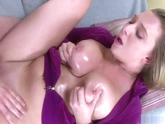 Divine Brooke Wylde blowing pole well
