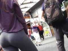 sexy college girl arsch thong