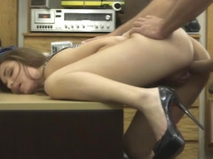 Pretty babe screwed by nasty pawn man