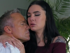 Stunning Stepdaughter Fucked In Missionary