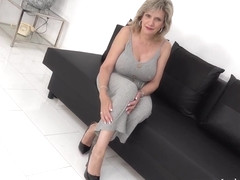 Lady Sonia needs a real man to keep her attention