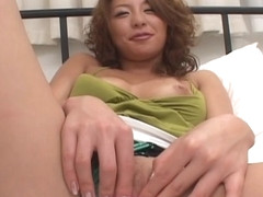 Runa Mikami Japanese Fuck Doll Is Masturbated Close Up