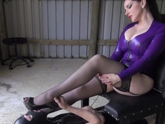 Femdom Smothers Submissive With Booty