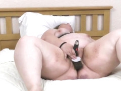 Sexy BBW Masturbating Hard On Cam And Having Orgasm