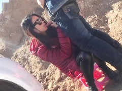 Chinese hot girl Yuer got fucked in the wild