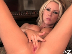 Carolyn Reese Video - Aziani
