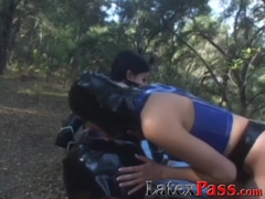 Luscious lesbo Raven toyed outdoors by babe in latex