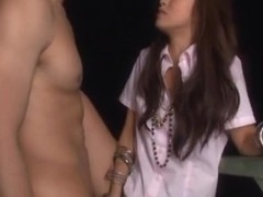 Kotomi Asakura Asian beauty enjoys outdoor fucking
