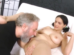 Diana fuck an old man waiting her boyfriend