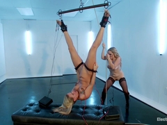 Aiden Starr & Roxy Raye in Anal Princess Roxy Raye Needs To Prove Herself - Electrosluts