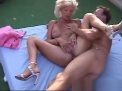 I am Pierced mature with nipples and pussy piercings
