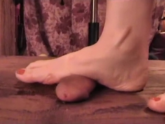 Sandals cockcrush and barefeet footjob