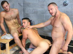 Wet Threeway Video - PrideStudios