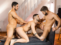 Dato Foland & Hector De Silva & Sunny Colucci in The Couple That Fucks Together Part 2 - DrillMyHo.