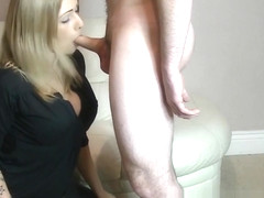 CFNM babe gives skillful blowjob