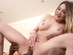 Tamara Grace, Patty Michova - The Pleasure Provider