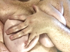 Fatty with freckles gets her ass oiled