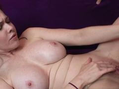 napos leon anális szex