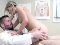 Doctor Sex With Vienna Rose