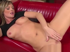 Sandra Sanchez Skips House Duties to Masturbate 1