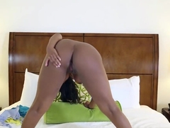 Dark Gal Monique Symone Takes White Penis