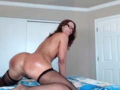 JessRyan Twerking My Oiled Ass in private premium video