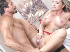 Cali Carter And Tommy Gunn In Hot Busty Masseuse Fucked By Client