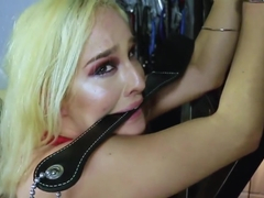 Drilling Blonde Cutie Mila Marx Rough