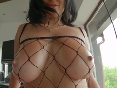 Claudia Hot is giving really great titjob