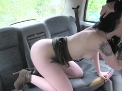 Alessa Savage Deepthroats In The Taxi