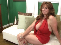 Sexy Wife Sheri Fox Tells Us Something New - Sheri Fox - 50PlusMILFs