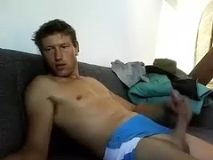 Comely BF is beating off in the apartment and filming himself on webcam