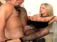 Petite porn video featuring Hunter and Dia Zerva