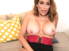 Mrs. Johnson shows us her pussy - Melissa Johnson - 50PlusMILFs
