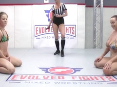 Rough Lesbian Sex Fight With Cheyenne Jewel Vs Bella Rossi