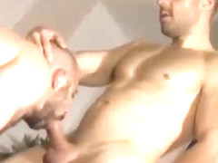 Muscle Guys Anal Fucking Threesome