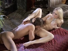 Alexis Texas give guy a hot footjob before fucking his brains out