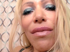 Busty Milf Alexis Diamonds Gives An Expert Blowjob