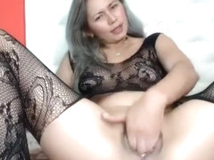 Gum Chewing Blonde Amateur Sult Gives Nice Handjob Part 03
