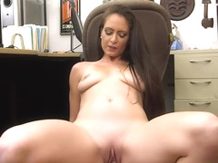 Hot amateur babe gets her pussy slammed