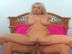 Sexy Brunette Candy Manson Sucking And Swallowed