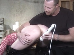 Daisy Layne feels only the pleasurable side of bondage
