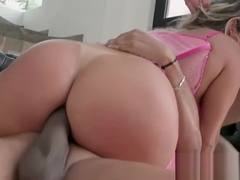 Cocktease Mia Linz double penetrated in fishnets