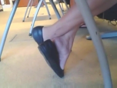 Mature Asian Toe Wiggling and Shoe play