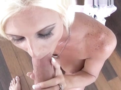 Hot momma Olivia Blu gets a tasty facial cum