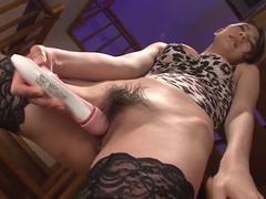 Kei Akanishi finger fucks, sucks cock and enjoys hardcore se
